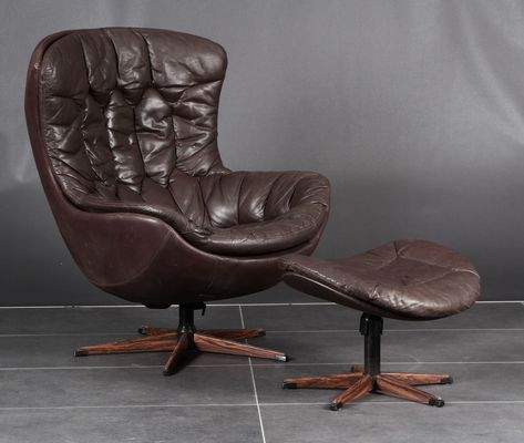 Mid Century Danish Lystolet Leather Egg Chair With Matching