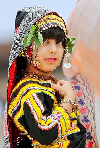 هويه الحجاز 7ejazana تويتر Traditional Outfits Traditional Dresses Festival Captain Hat