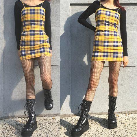 Soft grunge kids yellow plaid dress grunge party outfit, grunge s Grunge Winter Outfits, Grunge Party Outfit, Soft Grunge Outfits, Grunge Dress, Style Grunge, 90s Outfit, Grunge Look, Hipster Outfits, Edgy Outfits