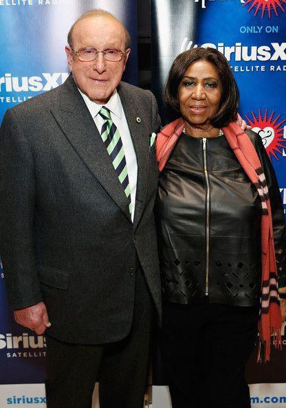 Aretha Franklin Photos Photos Aretha Franklin And Clive Davis At