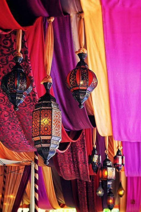 Orientalische Lampen rot lila satt verlies