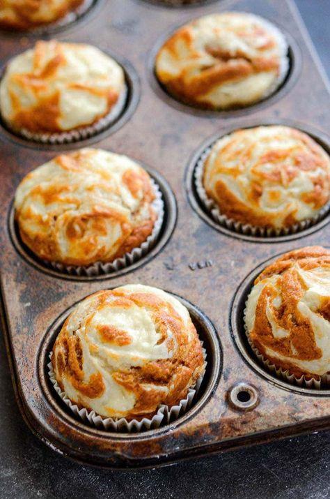 Köstliche Desserts, Delicious Desserts, Dessert Recipes, Yummy Food, Picnic Recipes, Cookie Recipes, Pumpkin Cream Cheese Muffins, Pumpkin Cream Cheeses, Pumpkin Cheesecake Muffins