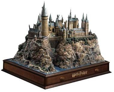 Harry Potter 1 6 Collector S Edition Hogwarts Castle 12 Discs Inkl Platzhalter Fur Hp 7 1 Und 7 2 Amazo Harry Potter Geschenke Harry Potter Dvd Hogwarts