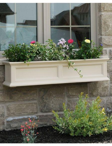 4 Ft Fairfield Window Flower Boxes Self Watering Gardeners Com