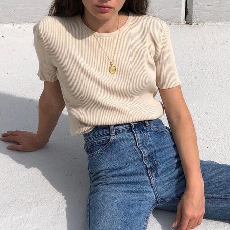 "Na Nin Vintage on Instagram: ""Vintage silk blend ribbed tee, xs/s $32 + shipping SOLD"" - Vintage silk blend ribbed tee, xs/s $32 + shipping SOLD Informations About Na Nin Vintage on Instagr - #aestheticoutfits #baddieoutfits #blend #Instagram #Nin #outfitsescuela #outfitsideas #ribbed #shipping #Silk #SOLD #Tee #vintage #xss"