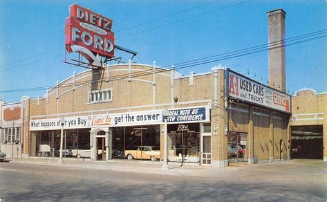 Car Dealerships In Chicago >> 1950 S Dietz Ford Dealership Chicago Illinois Vintage