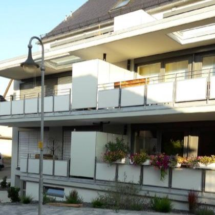Abtrennung Fur Terrasse Und Balkon Mit Stauraum Balkonschrank Balkonschrank Wetterfest Terrasse