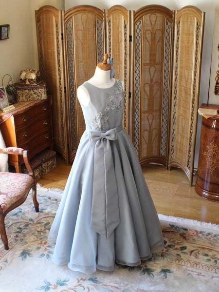演奏曲のイメージと理想のデザインを創り上げるジュニアドレス制作