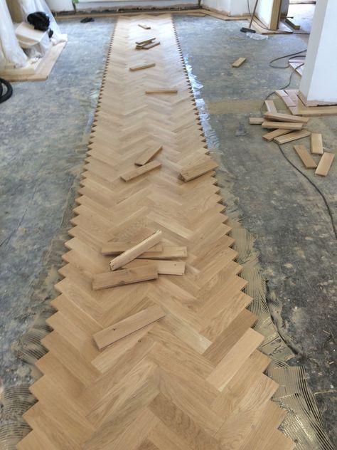 Super How To Lay Herringbone Wood Floors 49 Ideas In 2020 Herringbone Wood Floor Flooring Diy Wood Floors