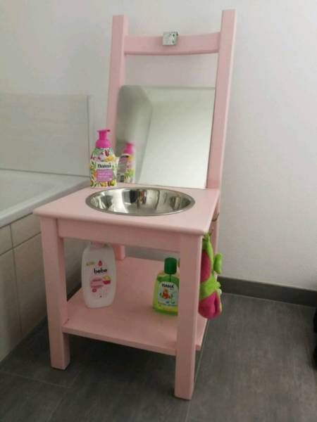 Offer A Beautiful Wash Basin For Children Usable From A Safe