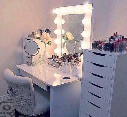 61 Ideas Makeup Vanity Decor Make Up For 2019 Girl Bedroom Decor Teenage Girl Bedroom Decor Woman Bedroom