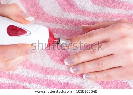 Female Manicurist Remove Old Gel From Nails With Tool Close Up Manicurists Gel Nails Gel