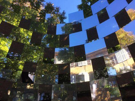 Arnaud Lapierre RING-2015Mirrored cubes installation, HOTEL DE GALLIFET, Aix en Provence