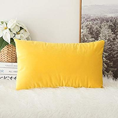 Pin By Missypin On Color Texture Feel In 2020 Bedroom Sofa Pillows Velvet Throw Pillows