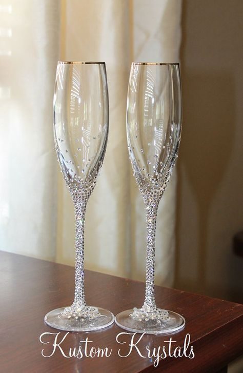 """2 43 toasting flutes -Diamond Design in glass 8/"""" decorated Champagne Wine"""