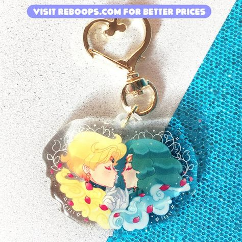 Sailor Uranus and Sailor Neptune Acrylic CharmSpecifications:✮ 2 in/50.8 mm wide✮ Single-sided✮ Heart keychain hook✧・゚: *✧N o t e s✧・゚: *✧-Colors can vary on each monitor-Colors can vary due to lighting