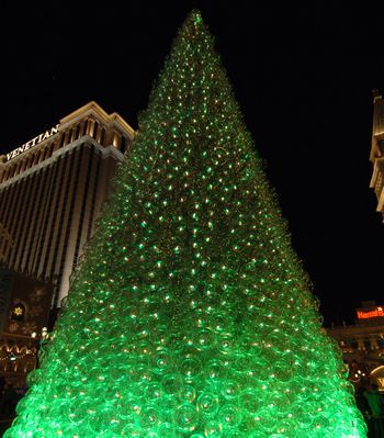 Las Vegas Christmas Weather.Christmas In Las Vegas Weather Decorations And Events Z