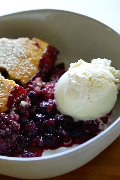 This Triple Berry Cobbler Recipe is a must-try dessert idea for summer entertaining! It's one of my favorite warm-weather dessert recipes because it's so low-maintenance. No mixers or food processors to drag out and because you'll be using berries, the fruit doesn't need to be peeled or cut. How's that for easy?! #BerryCobbler #cobblerREcipe #SummerDessert #entertainingwithbeth
