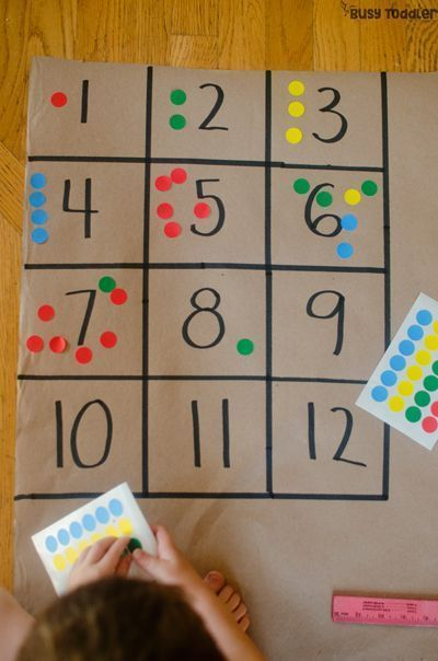 NUMBER BOXES: An easy preschool math activity that kids will love! A quick and easy math activity, indoor math activity, easy indoor activity for preschoolers; number sense activity from Busy Toddler. #kids #classroomideas #teachingtips #learning