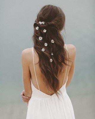 Phoenix Light Lace Brautmode Bridal Hair Flowers In Hair