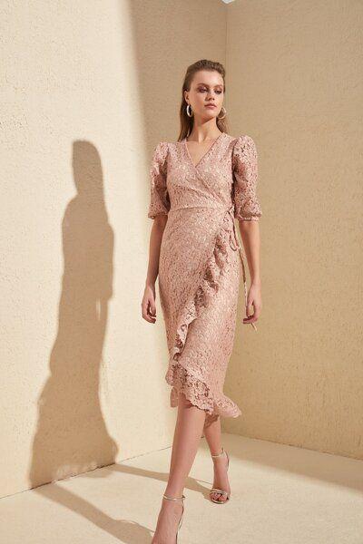 Trendyolmilla Zumrut Yesili Dugme Detayli Elbise Tprss20el1519 Trendyol 2020 The Dress Elbise Dantel Elbise