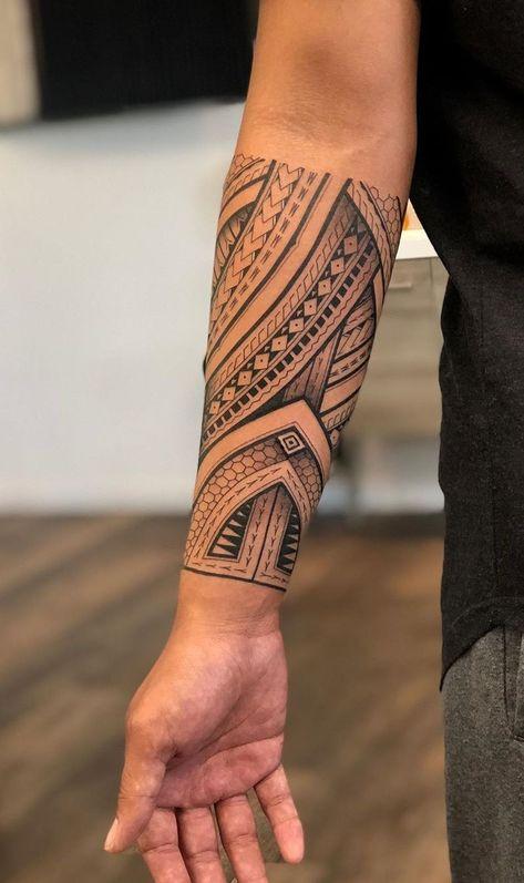 tatuagem tribal braço