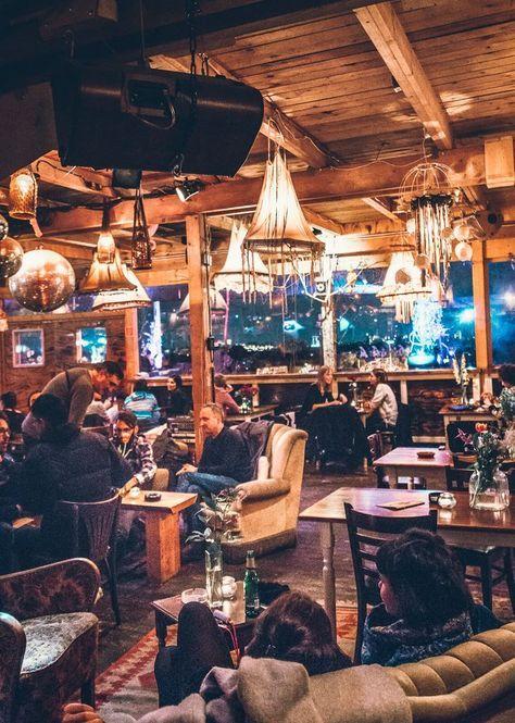 Klunkerkranich Berlins Coolste Bar Auf Dem Dach Mehr Inspiration Auf Spreeblogger Rooftop Bar Berlin Travel Berlin
