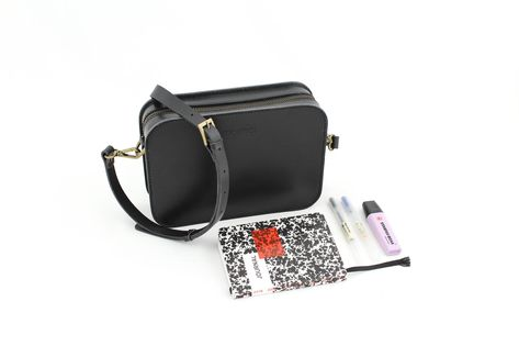 What s in my bag  The CARLA cross body bag comes in a simple 6b9efceebda6a