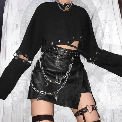 Vintage Clothing - Gothic Grunge Black Detachable Sleeve Crop Top