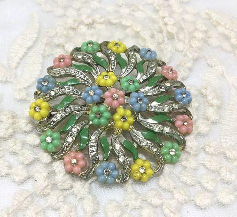 Vintage 1940s Pot Metal Small Flowers Enamel Rhinestone Brooch Pin