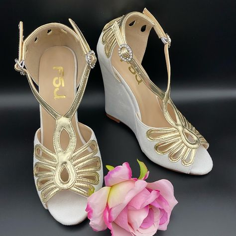 Bridalwedding High Heel Sandal With Platform Size: 7.5condition: Newcolor: White Heel Height :4 23-66