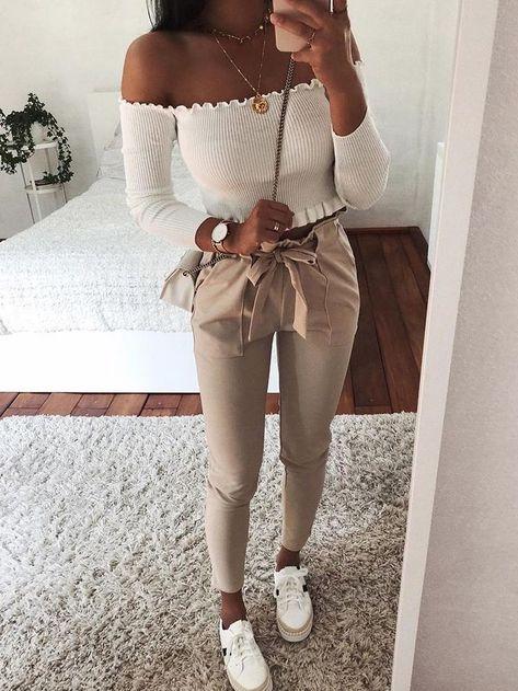 """Code PROMO de -20% avec le Code """"PINTEREST"""" sur les sacs et vêtements ! Allez faire un tour sur la boutique en ligne 4chillseasons.com #femme #mode #vetement #online #sac #style #look #idée #tenue #streetwear #luxe #chic"""