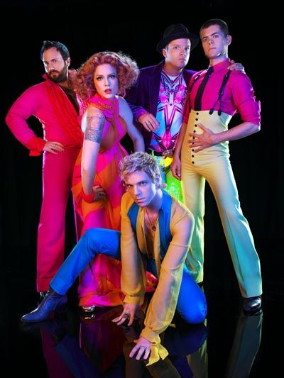 Scissor Sisters - Pop Dance music with a little glitter and sparkle. #music #pop #dance http://www.pinterest.com/TheHitman14/musician-pop-rbdance-%2B/
