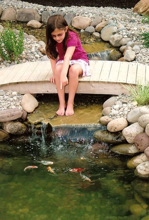 Backyard Ponds Ideas - http://www.sitetodd.com/backyard-ponds-ideas/ : #Backyards Backyard ponds for small backyards can be built in different options of backyard ponds with fountains, streams and waterfalls by applying simple DIY preferences to create enchanting outdoor home. In how to make a backyard space to become a quite enjoyable space for all of family members in...