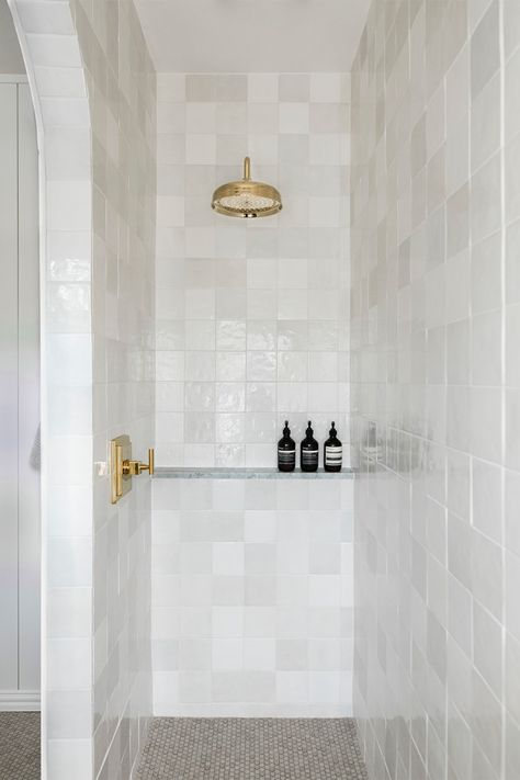 A Night and Day Shower Transformation That All Began with an Arch