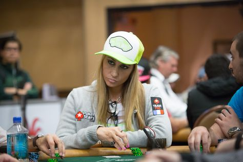 celebrity free strip poker online game