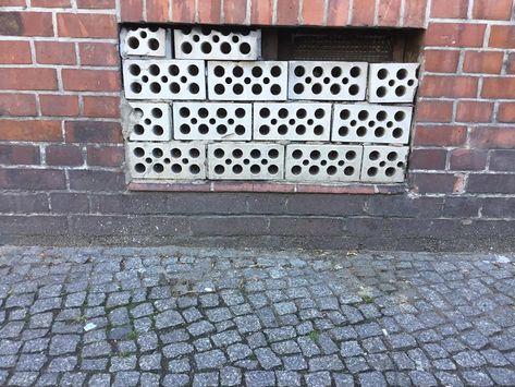 Die private Immobilienwirtschaft hat in Berlin in den letzten fünf Jahren: 47 Sozialwohnungen! gebaut. #mietwucher #mieten #miete #Mietwucher #mietenwahnsinn #politik #gentrifizierung #mietpreisbremse #wohnen #klimawandel #linke #vonovia #wandel #wohnung #bundestag #bundestag24 #bundestagswahl #bundestagvierundzwanzig #diegr #dielinke #diepartei #fakten #freiedemokraten%