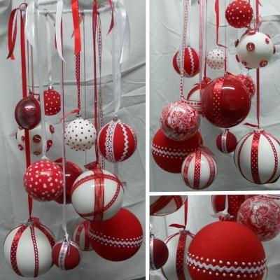 décoration de noël en rouge et blanc - suspension de boules
