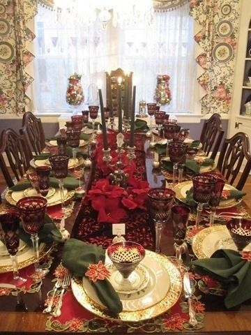 56 Luxury Christmas Table Decoration For Celebrating Christmas This Year Christmas Table Christmas Table Decorations Christmas Dinner Table