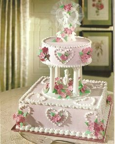 Pink Wedding Cake. Reminds me of the cakes my mom used to make.