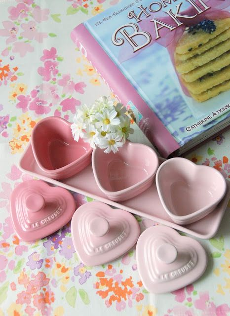 Le Creuset pink heart collection... I want these as my salt & pepper & sugar cellars!