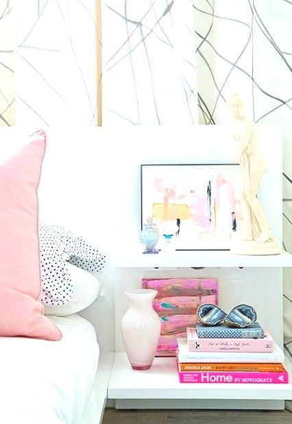 Bedroom Decor Hacks Many People Have Got A Small Spaces Inside Their Homes That They Wish To Bedroom Decor Design Master Bedrooms Decor Bedroom Decorating Tips