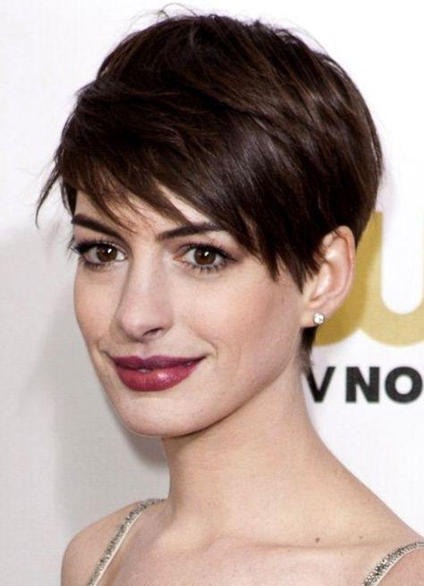 Anne Hathaway 2013 Con Taglio Capelli Corti Capelli Pinterest
