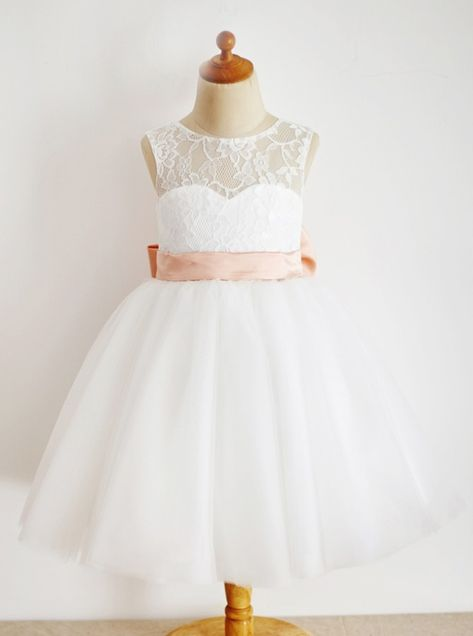 A-Line Round Neck White Tulle Flower Girl Dress with Lace Bowknot