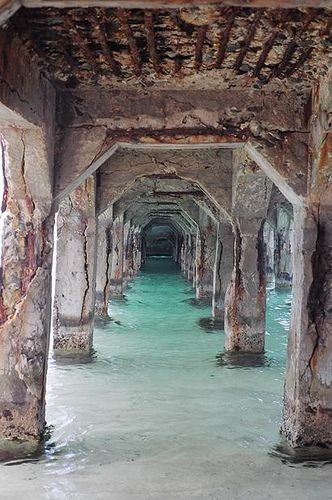 st maarten  this is a cool place for pics. I took tons under here