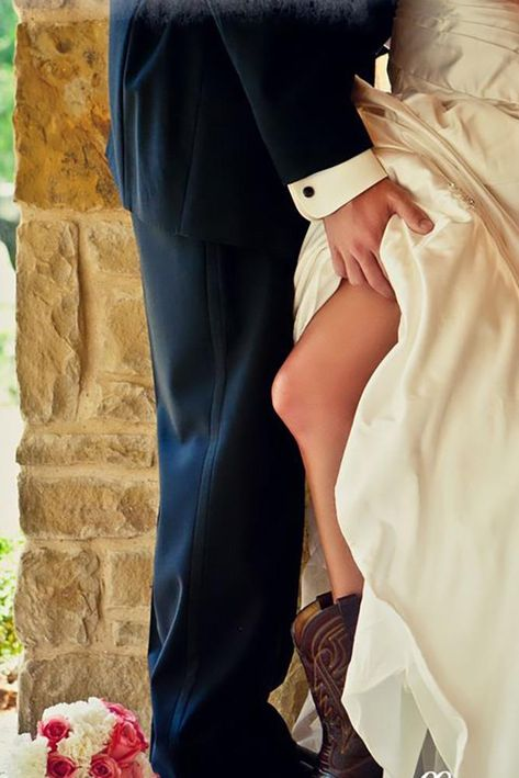 48 Sexy Wedding Pictures Not For Your Wedding Album ❤ sexy weddin picture tempting moment goffphotography #weddingforward #wedding #bride