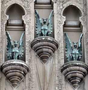 An old English folktale tells of a priest who said the gargoyles of his church came to life at night, and told him things. City folk at first did not believe in the priest's tales and he was removed from the church. Many of his predictions, allegedly heard from the gargoyles, came true...