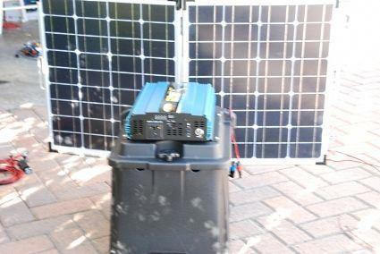Solar Powered Generator 100 Amp 4000 Watt Solar Generator Just Plug And Play In 2020 Solar Powered Generator Best Solar Panels Solar Energy Panels