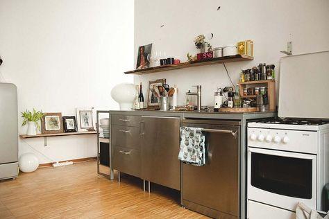 Berliner Küche mit offenen Regalen sowie Fotogalerie Wohnung in - k che mit sitzgelegenheit