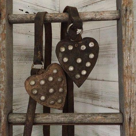 Love , peace & happiness . #aFineFarmhouse #rustic #rusticandwhite #vintage #simple